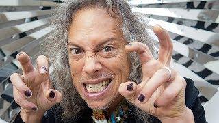 METALLICA's Kirk Hammett Shows Off His Museum Horror Exhibit In Salem, Massachusetts