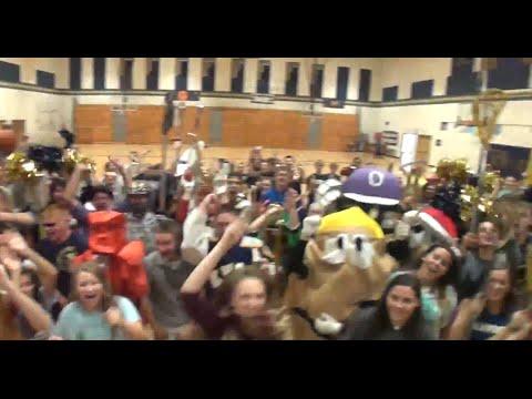 """Knoch High School - """"Shake It Off"""" Lip Dub 2014"""