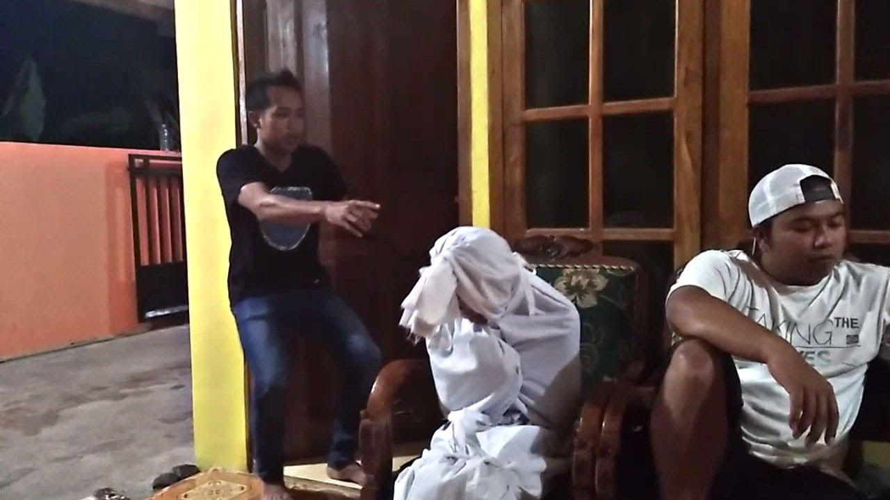 Hantu Pocong Cantik Komedi Horor Lucu