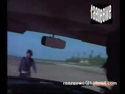 YAADON KI KASAM - Zeenat slams on the brakes barefoot 1.mp4