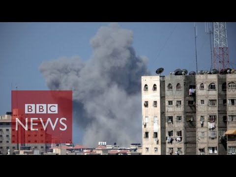 Israel strikes Gaza amid rocket fire - BBC News