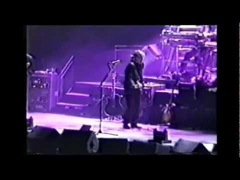 Paul McCartney - Ebony And Ivory (Live 1989) (1990 Stereo Remaster)