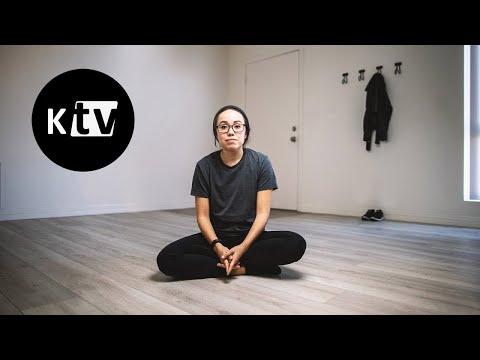 Девушка пробует минимализм: как избавиться от лишней одежды и косметики | Мэтт Давелла на русском