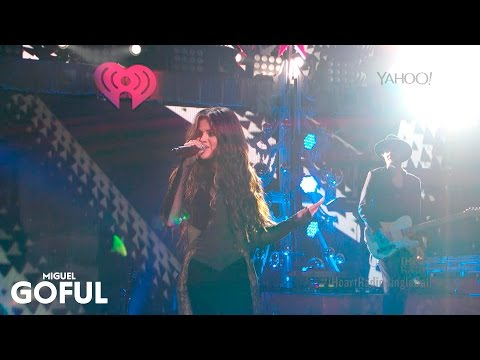 Selena Gomez - Love You Like a Love Song (Live iHeartRadio Jingle Ball 2015)
