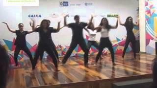 Il Sorriso dei miei Bimbi danza con il Progetto Giovani Rocinha