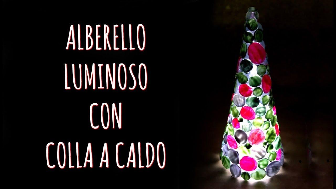 Lavoretti Di Natale Arte Per Te.Come Creare Un Albero Di Natale Luminoso Con La Colla A Caldo Arte Per Te