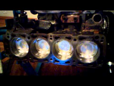 New forged Wiseco pistons in my cosworth engine