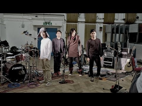 GIGI - Tak Lagi Percaya (Official Music Video) Live At Abbey Road Studio