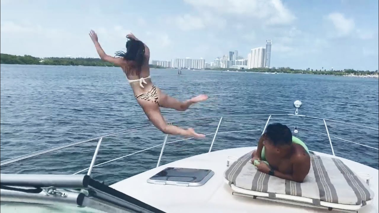 JUMP INTO WATER GONE WRONG fails pt.15 [FailForceOne]