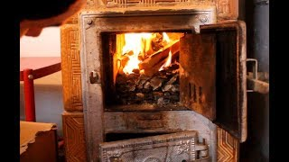 Rozpalanie I Palenie Węglem W Piecu Kaflowym