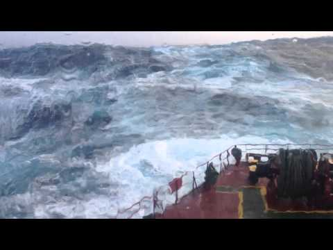 "South Pacific Ocean Storm Drake Passage m/v ""RED ROSE"" (LOA 225 m) (10-11 BS)"