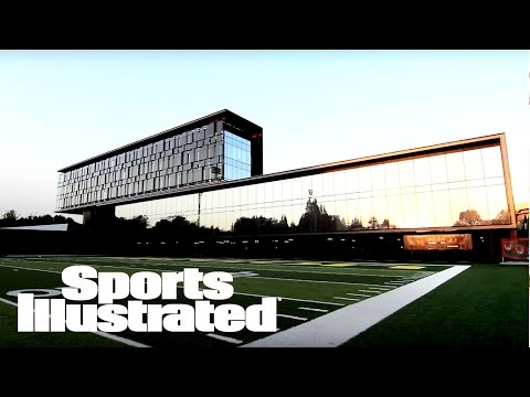 Inside Oregon's Football Performance Center | Sports Illustrated