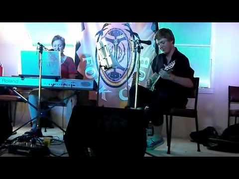 3 Syllable Synonym for Beautiful: Cobargo Folk Festival