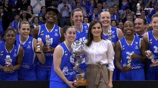 Doña Letizia celebra el 8M entregando la Copa de la Reina de Baloncesto