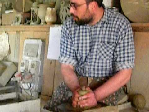 Pottery Classes In  Le Marche-Italy.  Visit To An Ceramic Workshop In Le Marche