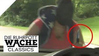 Einsatz im Park: Aggressive Frau bedroht Polizei mit Messer | Can Yildiz | Die Ruhrpottwache | SAT.1
