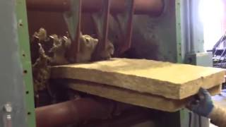 Shredding and Baling Mineral Wool