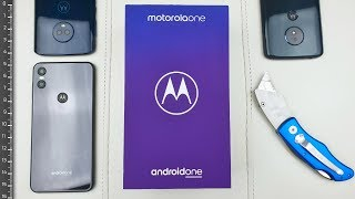 Motorola One Unboxing and Size Comparison