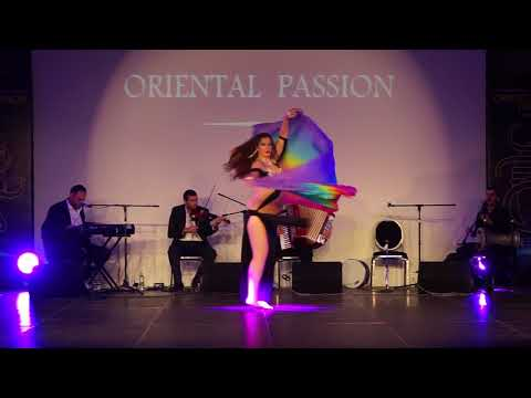 bellydancing at 6 month pregnancy with live music at oriental passion festival greece