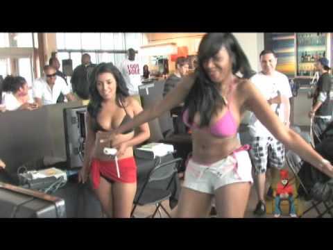 THICK Hawaiian girl twerk (Jasmine Darling) from YouTube · Duration:  2 minutes 54 seconds