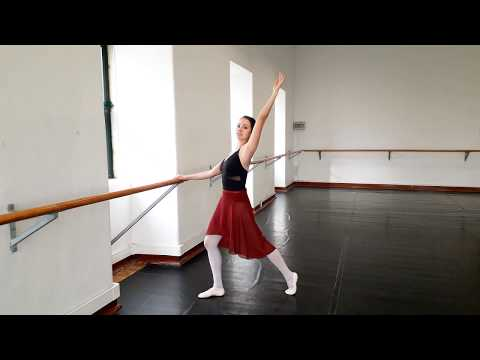 STANDING STRETCHING FOR AN ADULT BALLERINA | without equipment