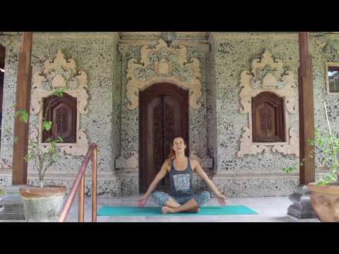 Beginners Yoga in Bali! Mind/Body/Spirit - Part 1
