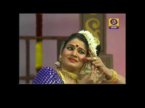 Indian Classical Dance Mohiniyattam by Swapna