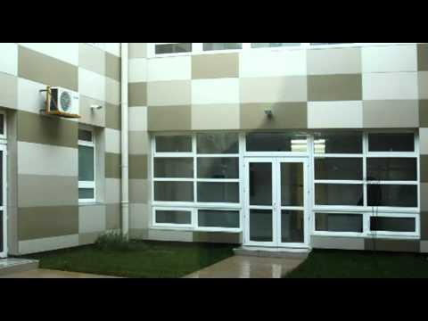 Revestimiento de fachada con aluminio norpac doovi - Paneles revestimiento interior ...