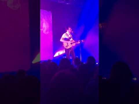 """Vianney """"Je M'en Vais"""" Concert De Boisseuil 30/03/2017"""