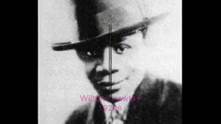 Harlem Jazz 1929: Wilton Crawley & His Orch. - You Oughta See My Gal