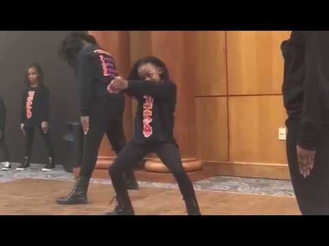 Royal House Dance Factory (RBST Royal Beauties Step Team)