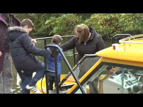 Manchester Welcomes Water Taxi - Manchester Headline News