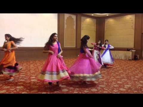 Group Dance by IET-DAVV girls!! :D
