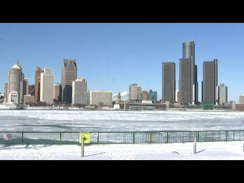 Windsor Shrugs Off Extreme Cold