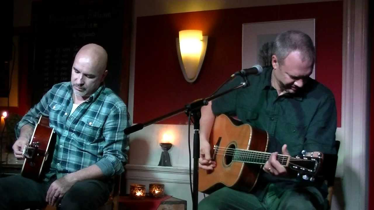 video: Rob Lutes & Rob MacDonald - Things We Didn't Choose (live)
