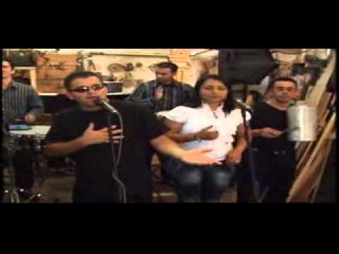 LEONARDO CARDONA (La voz polifacetica de Colombia)