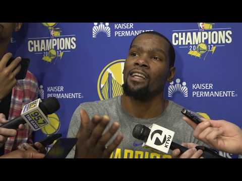 Fighting cameramen cause Kevin Durant to stop interview