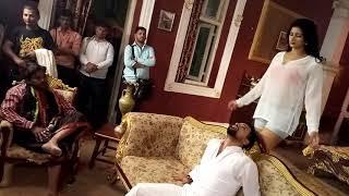 #PoonamDubey seducing with #RakeshMishra on location