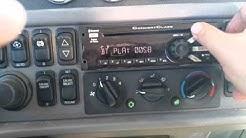 Concert class stereo system Peterbilt Bluetooth