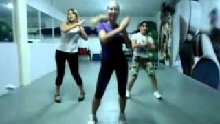 Coreografia Waka Waka - Shakira Coreografa Carla Viviane