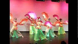Malaysia: Cultural Dance Performance