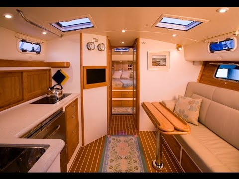 MJM Yachts 40z Accommodations Review