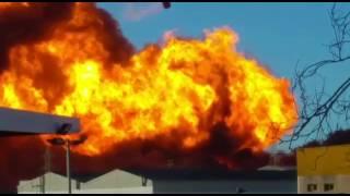 Incendio en el polígono de Fuente de Jarro en Paterna