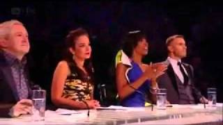 X Factor Uk 2011 - Live Show 8 - Janet Devlin 1 (LEGENDADO PT)