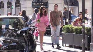 Baixar EXCLUSIVE - The beautiful Sara Sampaio shopping at Chanel store in Paris