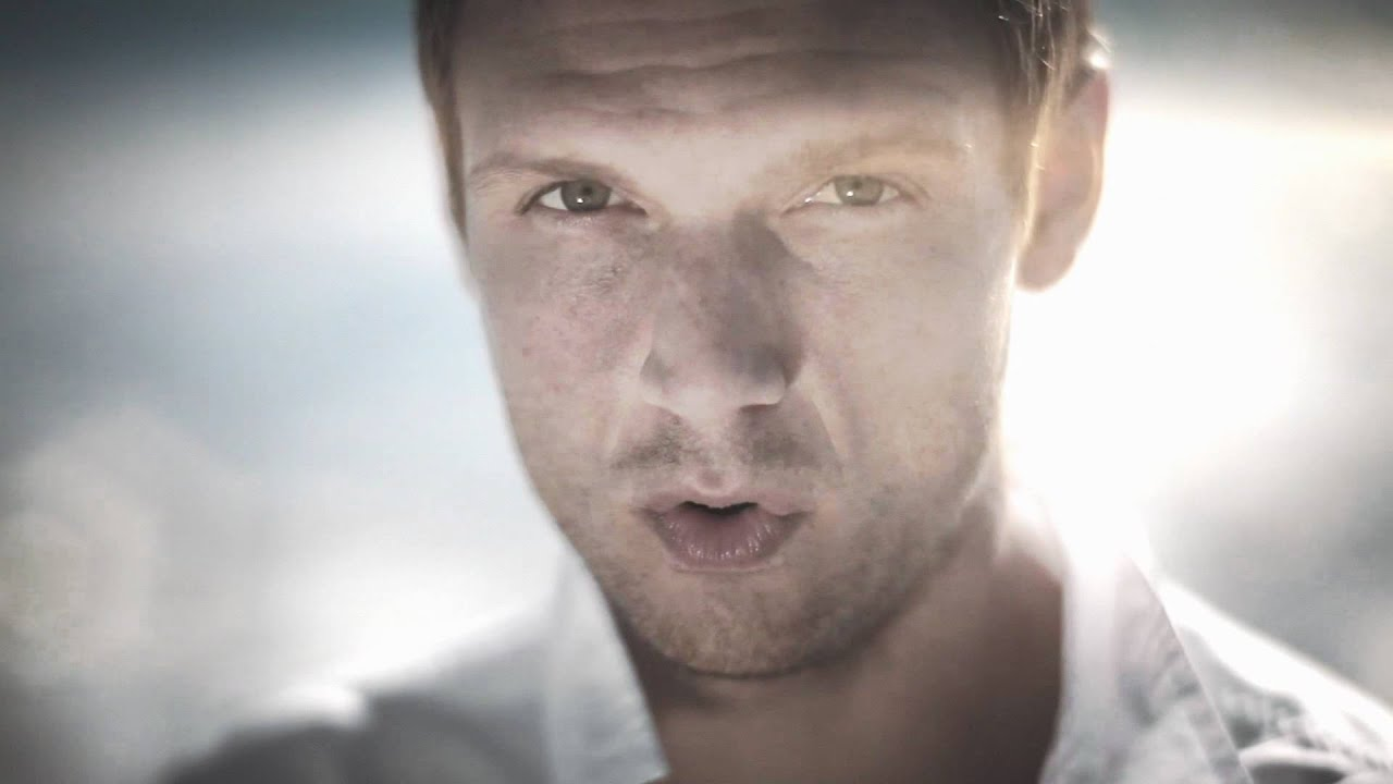 "Nick Carter ""Just One Kiss"" Music Video"