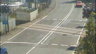 Vehicle near miss at Llangadog Level Crossing