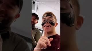 Inoxtag et Hairtist font un masque à Michou