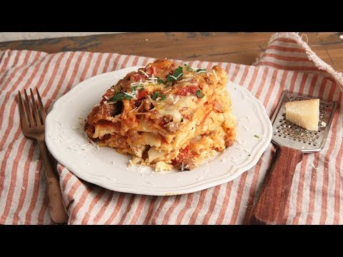 Renee - Recipe: Slow Cooker Lasagna...you want this, trust me.