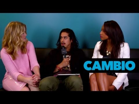 'Twisted' Cast | Cambio Couch Sesh